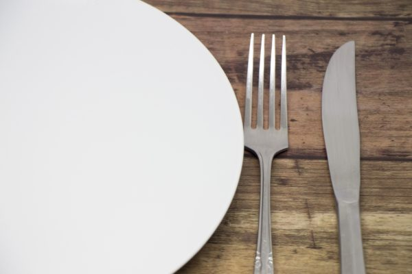 夜に食べても太らない食べ物!夜食にオススメの食材とは?
