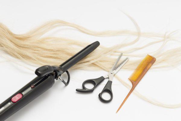 アイロンで出来るだけ髪の毛を傷ませない方法