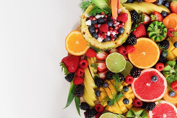 暑い夏にオススメの果物!食べるならコレ!