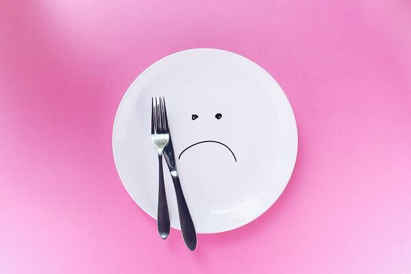 断食でダイエット効果がある